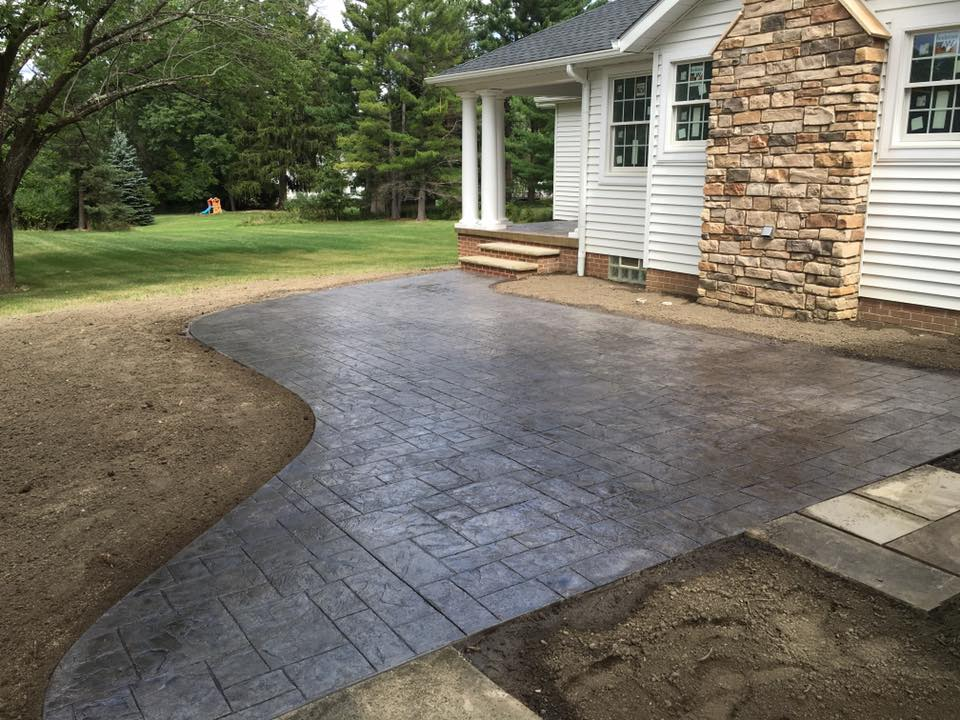 5 Simple Stamped Concrete Patio Design Ideas - Ezinestack